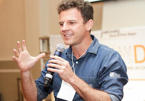 MakeUp inova em evento de empreendedorismo em Niterói