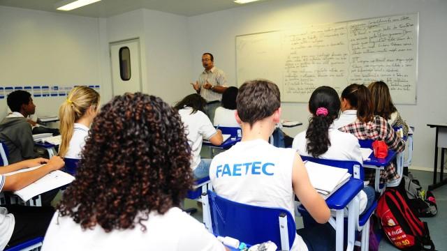 Faetec oferece mais de 19 mil vagas em cursos profissionalizantes