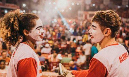 Viradouro: quase metade da escola vai desfilar com maquiagem especial