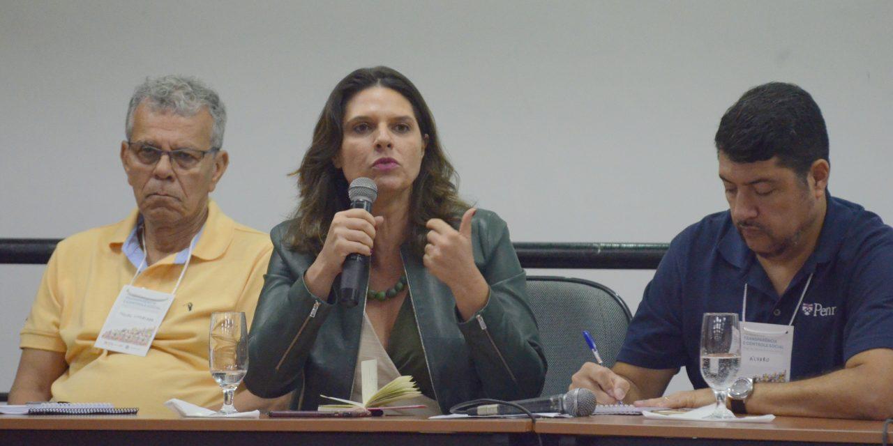 Participação da sociedade nas políticas públicas é discutida em pré-conferência