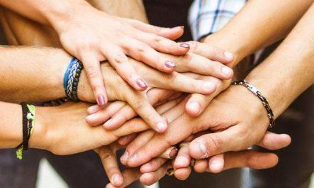 Coletivo Transfor(A)mar busca voluntários para atuar em escola no Fonseca