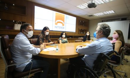 Prefeito de Niterói e reitor da UFF se reúnem para falar da retomada de projetos