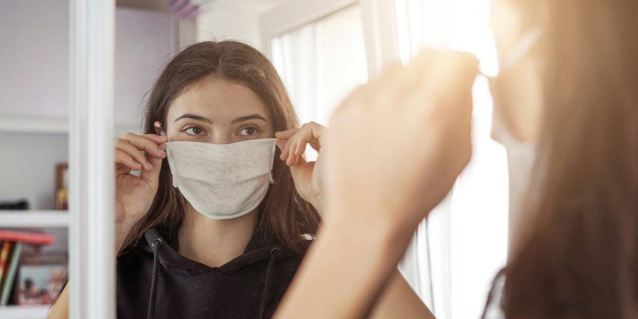A juventude reinventada em meio à pandemia – por Andrea Ladislau