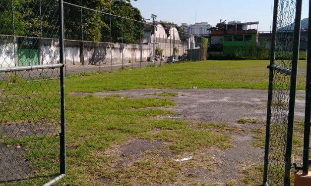 Áreas esportivas públicas da cidade são reabertas após fechamento para conter Covid-19