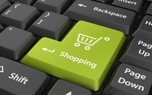 Brasileiros gastam cada vez mais em sites de compras internacionais