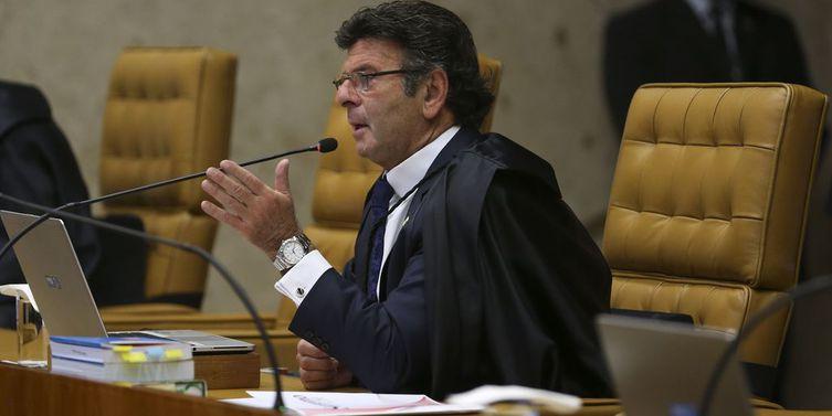 Fux revoga liminar que autoriza pagamento de auxílio-moradia a juízes