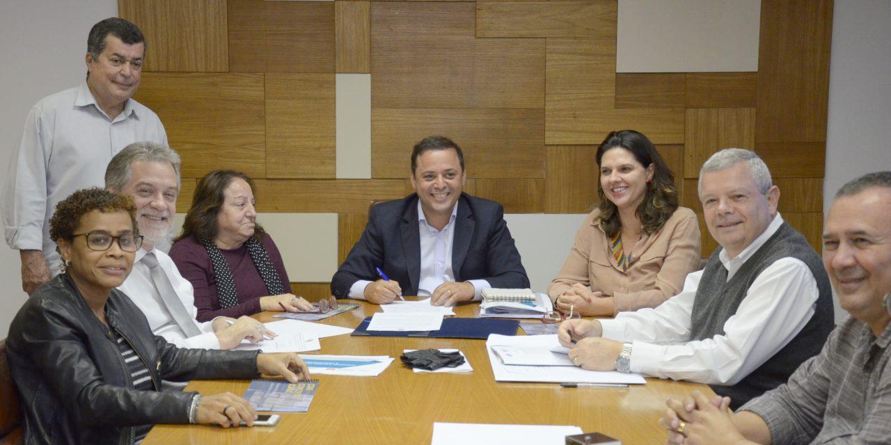 Parceria de R$ 30 milhões entre Niterói e programa de pesquisa da UFF é fechada