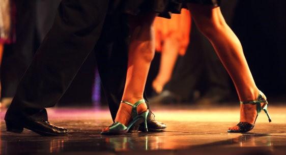 Aulas de dança gratuitas no CCPCM e na Cia de Ballet iniciam nesta segunda e terça-feira
