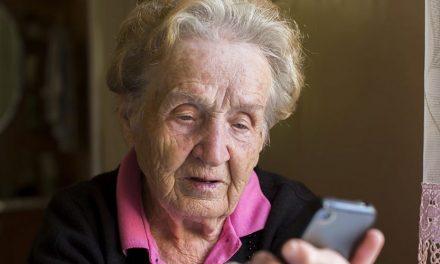 Secretaria do Idoso cria serviço de atendimento para a terceira idade durante isolamento social