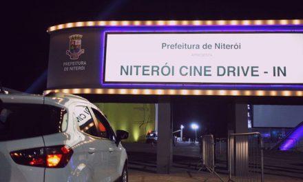Cine Drive In de fim de semana