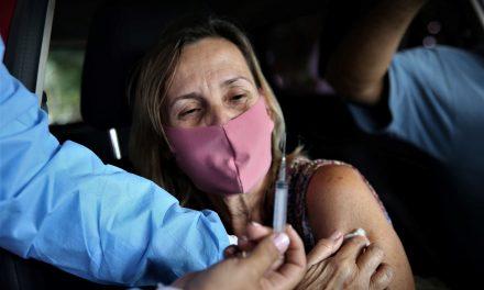 Niterói retoma vacinação contra Covid-19 com CoronaVac